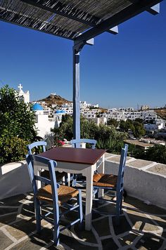 Tavern in Ios town, Ios Island_ Greece