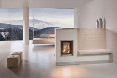 Der hochwertige Kachelofen verbindet die wohlige Gemütlichkeit eines Holzfeuers mit der effizienten Nutzung der Wärmeenergie. Brunner