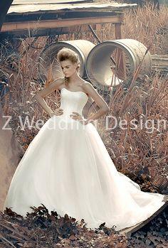 ZWEDDING Forbidden Garden | #zwedding #designergowns #designers #fashion #couture #wedding #bridalgowns #bridal #zweddingsg #zweddingsingapore #singapore #weddinggowns #gowns #weddingdress