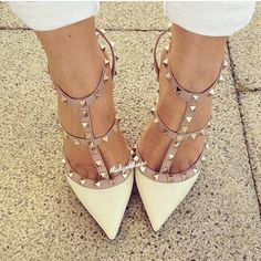 Check out the 26 stylish studded pumps high heels 2015 from this webpage! If you like to have some appealing and stylish pumps then in this post we are putti. Cute Shoes, Women's Shoes, Me Too Shoes, Shoe Boots, Beige Shoes, Fab Shoes, Shoes Style, Stilettos, High Heel Pumps