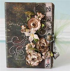 Scrapbook Mini Album Tutorials | This is definitely a favorite mini album! I just love the colors ...