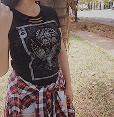 Essa gracinha de T-shirt esta a venda nessa ig https://www.instagram.com/garotamaloca/ corram conferir essa e mtas outras brusinhas bombásticas.