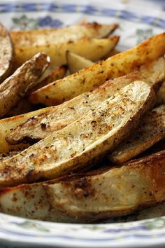 Greek-Style Oven Fries...I'm craving the ones from Mad Greek Deli