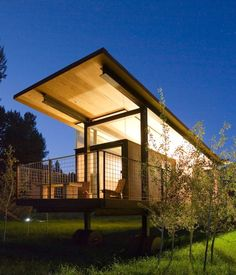 Rolling Huts (Winthrop, United States)  A series of six modernist huts created by Tom Kundig of Olson Kundig Architects, the Rolling Huts...