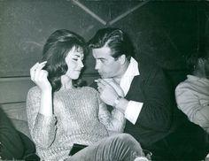 1961+press+photo+smoking+front.jpg (1600×1236)