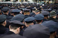 El Repertorio de Refritos: Miles de policías dan la espalda a alcalde de NY