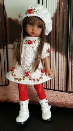 1 million+ Stunning Free Images to Use Anywhere Crochet Doll Clothes, Knitted Dolls, Girl Doll Clothes, Crochet Dolls, Girl Dolls, Crochet Baby, Baby Dolls, American Girl Outfits, Doll Dress Patterns