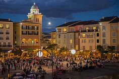 Universal Orlando Loews Portofino Bay Hotel Harbor Nights Food and Wine Events will delight guests to unlimited samplings of wines, gourmet food & desserts.