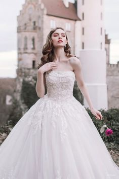 Disney Wedding Dresses 2020 - The new Fairytale Wedding Dress Collection. This stunning collection includes wedding dresses and gowns inspired by Cinderella, Tiana, Aurora, Snow White and Belle. See which is your favorite! Disney Belle Wedding, Disney Wedding Dresses, White Wedding Dresses, Bridesmaid Dresses, Disney Weddings, Adobe Photoshop, Lightroom, Wedding Dress Cost, Simple Gowns