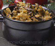 Cabbage with mushrooms - MojeGotowanie.pl - Christmas Eve and Christmas - Weihnachten Polish Recipes, Polish Food, Ukrainian Recipes, Kung Pao Chicken, Winter Holidays, Christmas Eve, Cabbage, Stuffed Mushrooms, Pork