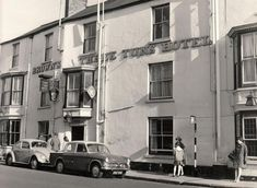 Did Tony Blair once DJ at the Three Tuns in Durham City? Durham England, Durham City, St Johns College, Tony Blair, Uk History, Newcastle, Hotels, Architecture, Heart