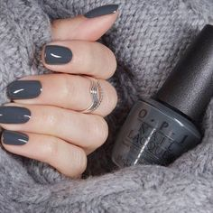 tendance automne hiver -Vernis tendance automne hiver - OPI Krona-logical Order Nail Polish 31 lovely winter nails design ideas you should 7 Opi Nail Colors, Spring Nail Colors, Spring Nails, Nail Colours Winter, Nail Summer, Color Nails, Milky Nails, Nagellack Design, Gray Nails