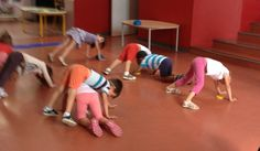 Yoga For Kids, Exercise For Kids, Crossfit Kids, Physical Education Games, Baby Gym, Camping Games, Motor Skills, Art School, Kids And Parenting