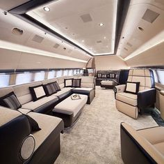 20 Private Plane Interiors Nicer Than Your House – luxury life Jets Privés De Luxe, Luxury Jets, Luxury Private Jets, Private Plane, Luxury Yachts, Best Interior Design, Home Interior, Luxury Interior, Yacht Design