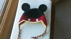 Mickey Mouse hat no mention of the finished size .. guess have to make to find out.