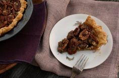 Spiced Maple Pecan Pie w/ Star Anise {she made, ella hace} | girlichef - DailyBuzz Food