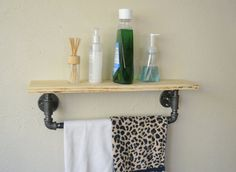 Rustic Gas Pipe Towel Rack with Wood Shelf by OakNutStudios                                                                                                                                                                                 Mais