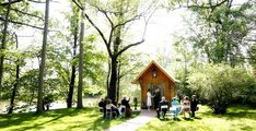Unique-Little-Log-Chapel-Weddings-Niagara-Falls-Canada-Elopement-Packges-Surrounded-by-nature-outside-ceremony