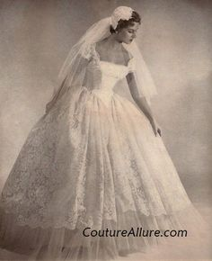 1950's dress styles | You're more likely to find full skirted tulle dresses in full length.