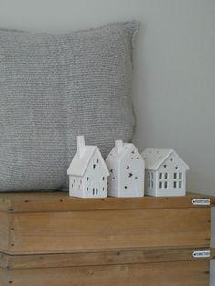 I love miniature houses
