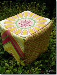 Sewplicity: Tutorial: Fabric Bank Box