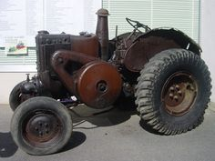 Lanz Bulldog 1935, what a gem :-)   ===>  https://de.pinterest.com/bwbruin/farm-tractors/