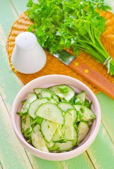 3Sencillas ysaludables ensaladas que teayudarán acontrolar elnivel del azúcar enlasangre