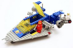 new ideas kids room lego spaces Old Lego Sets, Best Lego Sets, Classic Lego, Classic Toys, Cool Lego, Cool Toys, Legos, Lego Vintage, Lego Space Station
