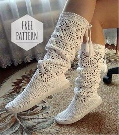 Nice Crochet Idea With Pattern - Diy Crafts Crochet Boots Pattern, Shoe Pattern, Crochet Slippers, Crochet Patterns, Crochet Slipper Boots, Crochet Baby, Knit Crochet, Crochet Sandals, Crochet Designs
