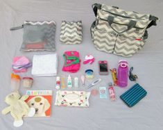 A Perfectly Packed Diaper Bag (plus tips for organizing your own diaper bag!)