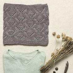 Ilse Cowl by Kate Gagnon Osborn featuring The Fibre Company Tundra in Allium from the Little Things collection, available now!