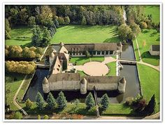 Viagens exlusivas, cruzeiros, viagens de luxo, castelos, lua de mel, Tour ferrari pela toscana, Baile da Rosa Monaco, Castelo Chateau de Villiers-Le-Mahieu
