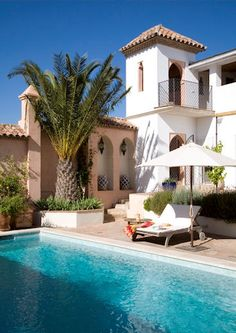 You just know you are going to enjoy it here... #Spain #Villa #SwimmingPool :)