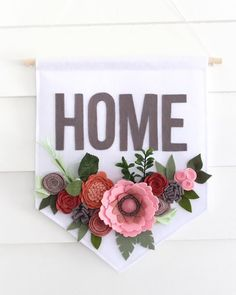 Fantastic diy flowers detail are offered on our site. Read more and you wont be . Diy Crafts To Do, Cute Crafts, Diy Projects To Try, Felt Crafts, Crafts For Kids, Craft Projects, Homemade Crafts, Wine Bottle Crafts, Mason Jar Crafts