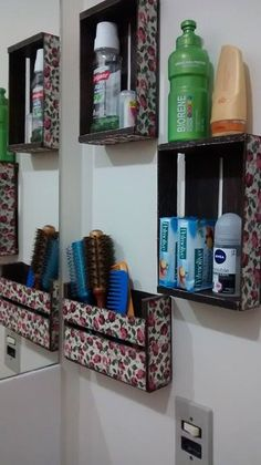 Diy storage with palette Diy Storage Boxes, Laundry Room Bathroom, Old Chairs, Diy Origami, Indian Home Decor, Wood Crates, Recycled Wood, Pallet Furniture, Home Projects