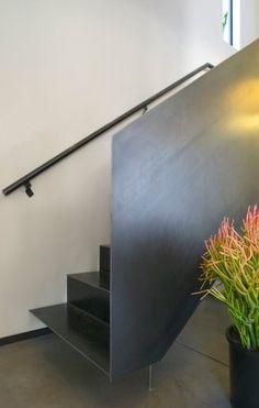 Steel plate guardrail. ibarra rosano design architects repinned by #smgtreppen www.smg-treppen.de #treppenbau #stahltreppen #holztreppen #wirdenkenmit