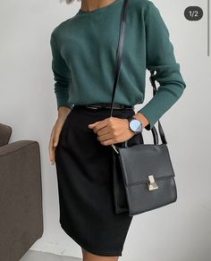 Korean Fashion Tips .Korean Fashion Tips Casual Work Outfits, Professional Outfits, Mode Outfits, Office Outfits, Classy Outfits, Chic Outfits, Vintage Outfits, Fashion Outfits, Vintage Hats