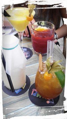 #JuegodeTronos en @ElPimpiMalaga! Saga de #cocktail pero hay 2 intrusos... los que no llevan alcohol!