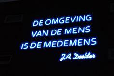 Jules Deelder- De omgeving van de Mens is de Medemens