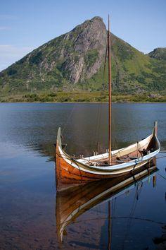 Nordlandsbaat - Nordlandsbåt - Wikipedia