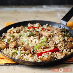 Rizs kínai módra Thai Recipes, Asian Recipes, Hungarian Recipes, Hungarian Food, Wok, No Cook Meals, Fried Rice, Bacon, Food And Drink