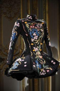 Paris Fashion Week: Worth Haute Couture Fall 10 by Giovanni Bedin