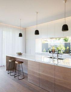 Lovely Minimalist Kitchen Decor And Design Ideas - Küche Ideen Home Decor Kitchen, Interior Design Kitchen, New Kitchen, Kitchen Ideas, Room Interior, Interior Modern, Modern Luxury, Kitchen White, Modern White Kitchens