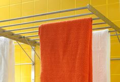 Hang clothes to dry on a GRUNDTAL wall drying rack. Adjustable to three positions and it's simple to fold up when not in use.