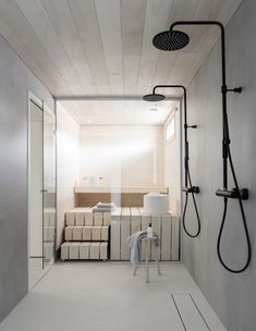 Dekolaku sauna & bathroom Bathroom inspiration from Deko Foto: Niclas Mäkelä Saunas, Bad Inspiration, Bathroom Inspiration, Style At Home, Sauna Design, Sauna Room, Tadelakt, Spa Rooms, Quirky Home Decor