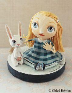 ALICE ROBE VICHY 1 Alice and the Rabbit