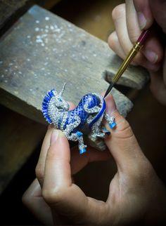 L'Arche De Noé Racontée Par Van Cleef & Arpels jewelry colletion Van Cleef Arpels, Van Cleef And Arpels Jewelry, High Jewelry, Jewelry Art, Silver Jewelry, Jewelry Design, Fantasy Jewelry, Jewellery Box, Jewellery Making