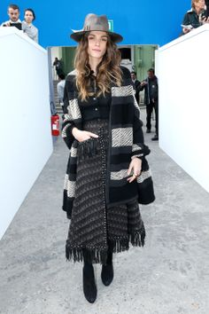 Elisa Sednaoui got comfy in a full look from Chanel's Pre-Fall 14 collection in Paris for the fashion house's F/W 14 show.
