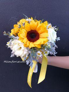Online Florist, I Love Ny, House Smells, Plant Hanger, Wedding Bouquets, Daisy, Floral Wreath, Diy Tutorial, Bloom