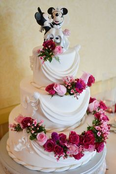 24 Romantic Wedding Cake Toppers ❤ See more: http://www.weddingforward.com/romantic-wedding-cake-toppers/ #wedding #cakes